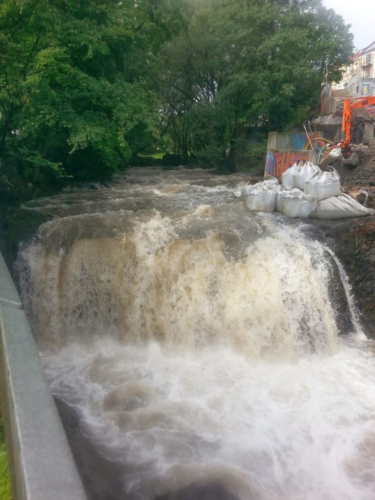 Водопад в районе Грюнерлокка